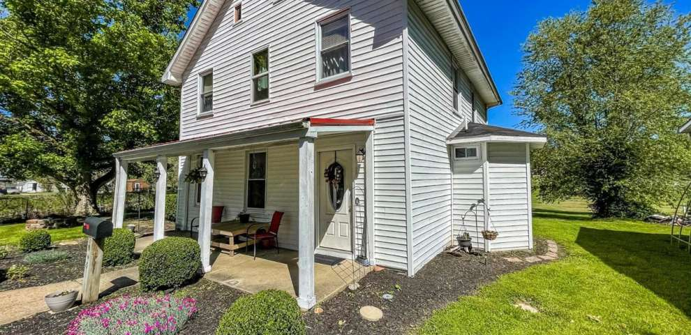 605 W Front St, Manchester Twp, OH 45144