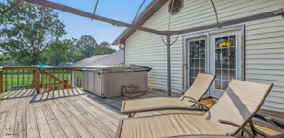 1371 Tri County Hwy, Sterling Twp, OH 45176
