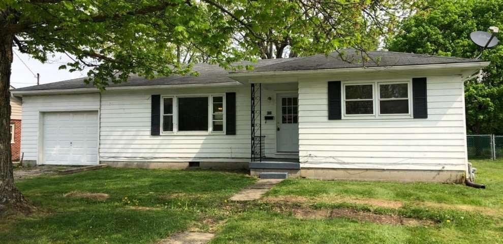 877 W Locust St, Wilmington, OH 45177