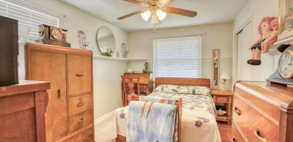 7198 Kenwood Rd, Sycamore Twp, OH 45236