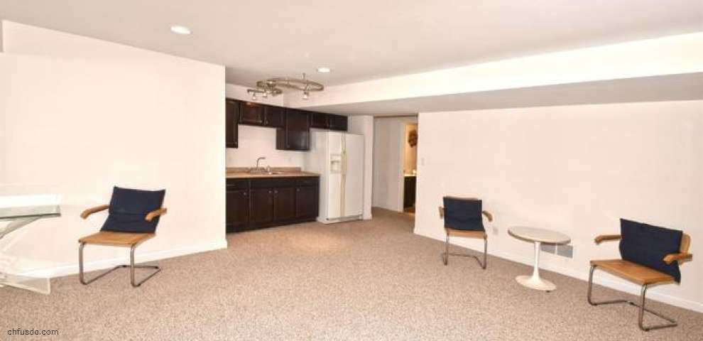 8452 Kenwood Rd, Sycamore Twp, OH 45236