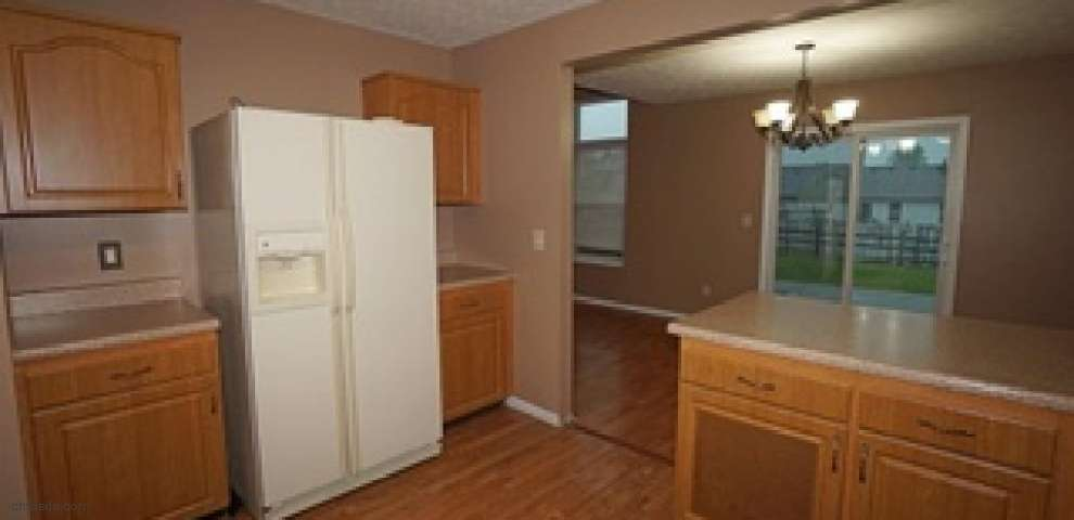 1020 Kemper Meadow Dr, Forest Park, OH 45240 - Property Images