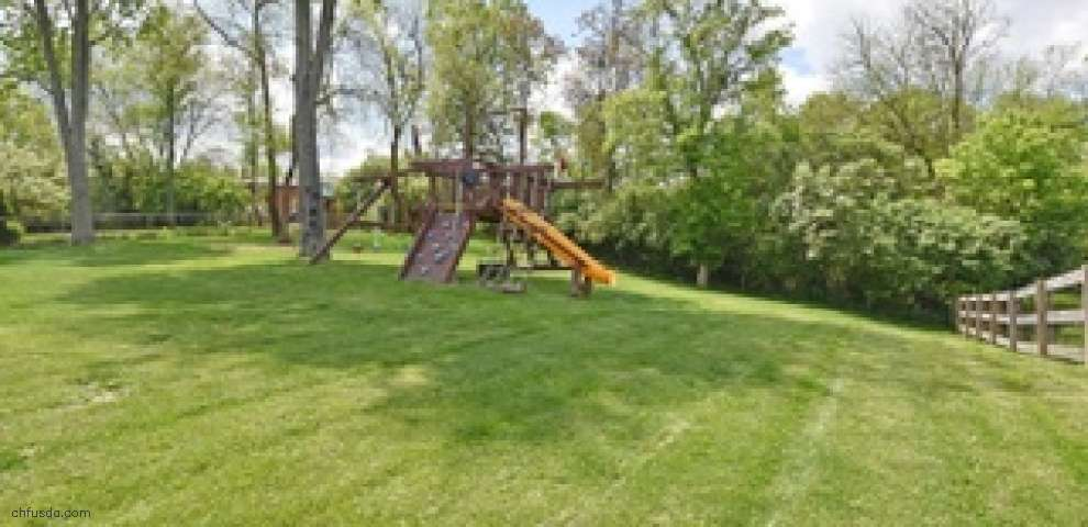 10111 Cliffwood Ct, West Chester, OH 45241