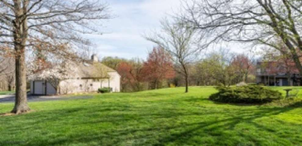 3746 Sherbrooke Dr, Evendale, OH 45241