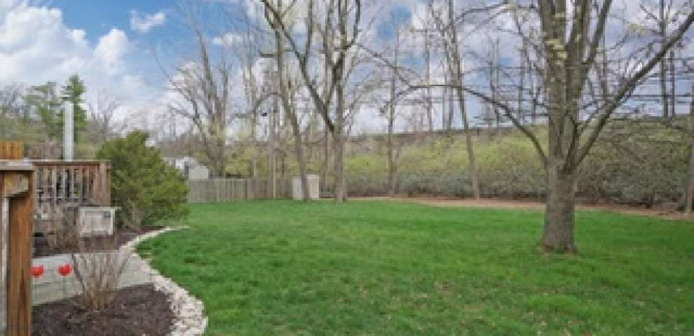 5796 Bayberry Dr, Sycamore Twp, OH 45242