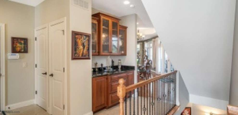8158 Deer Path Ln, Sycamore Twp, OH 45243