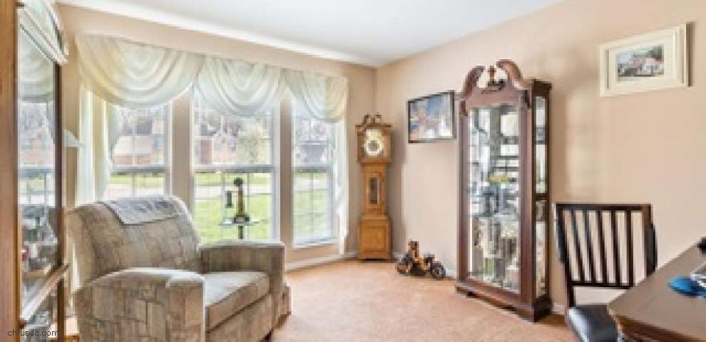 8503 Sunmont Dr, Anderson Twp, OH 45255