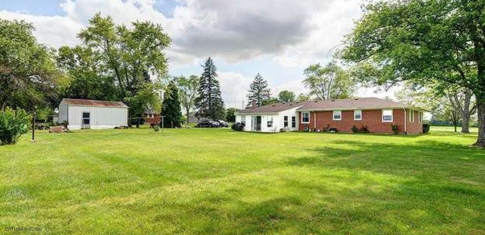 1136 Johnsville Brookville Rd, Perry Twp, OH 45309