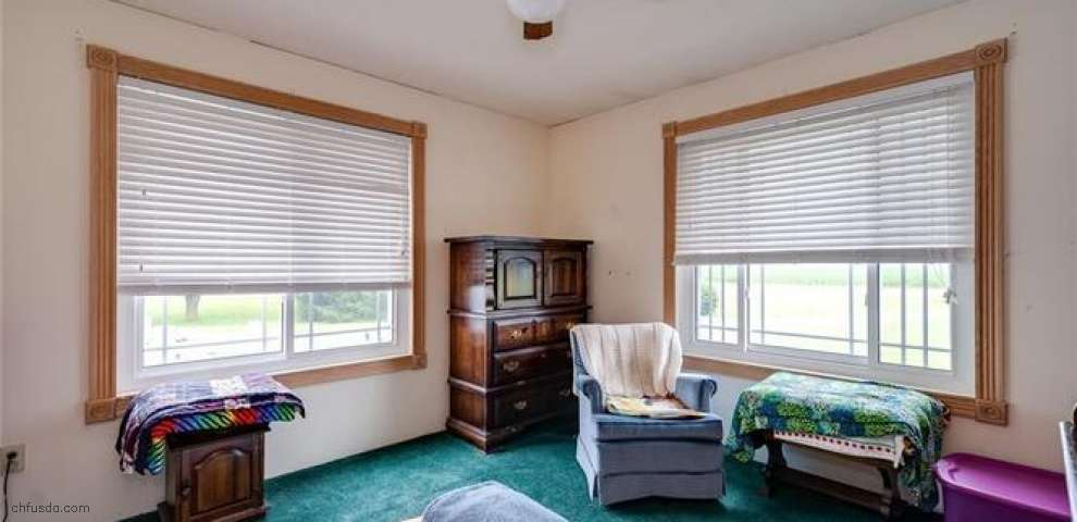 12485 Temple Rd, Brookville, OH 45309