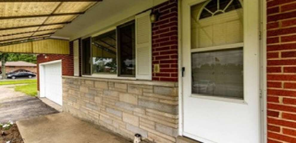 11957 S State Route 122, Camden, OH 45311