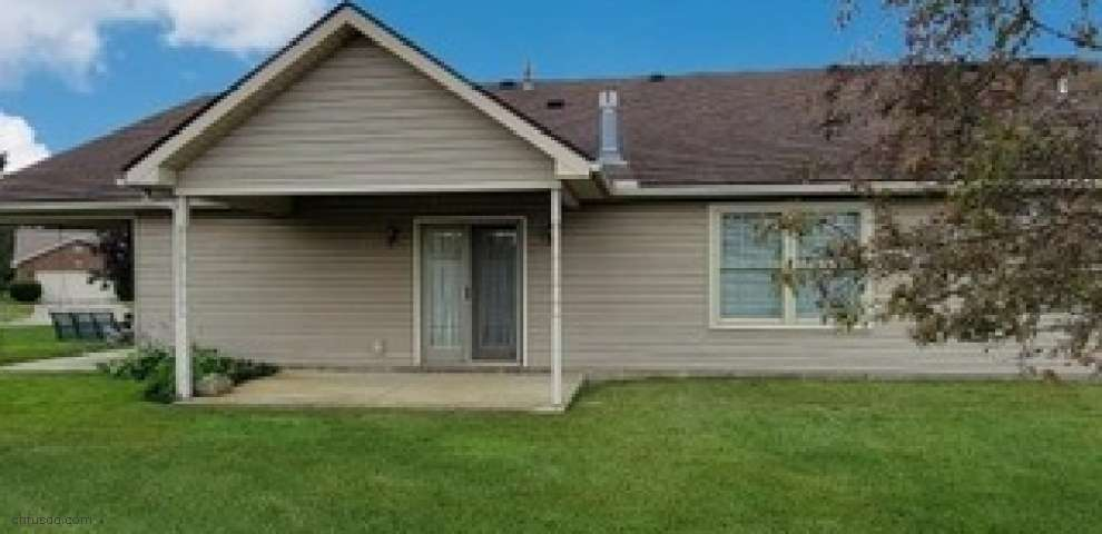 1003 Meadow Thrush Dr, Englewood, OH 45315