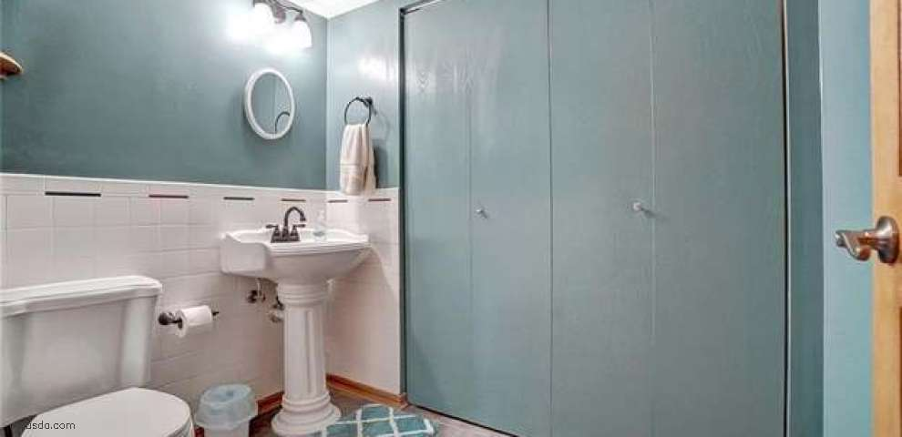 1010 Meadowrun Rd, Englewood, OH 45322 - Property Images