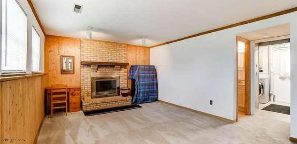 813 Ridge Rd, Englewood, OH 45322