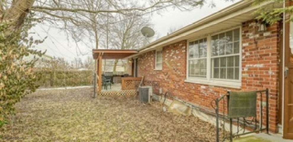 1152 Overlook Dr, Fairborn, OH 45324