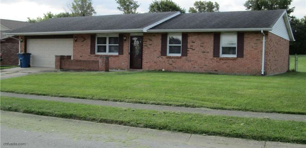 217 Apple Valley Dr, Lewisburg, OH 45338