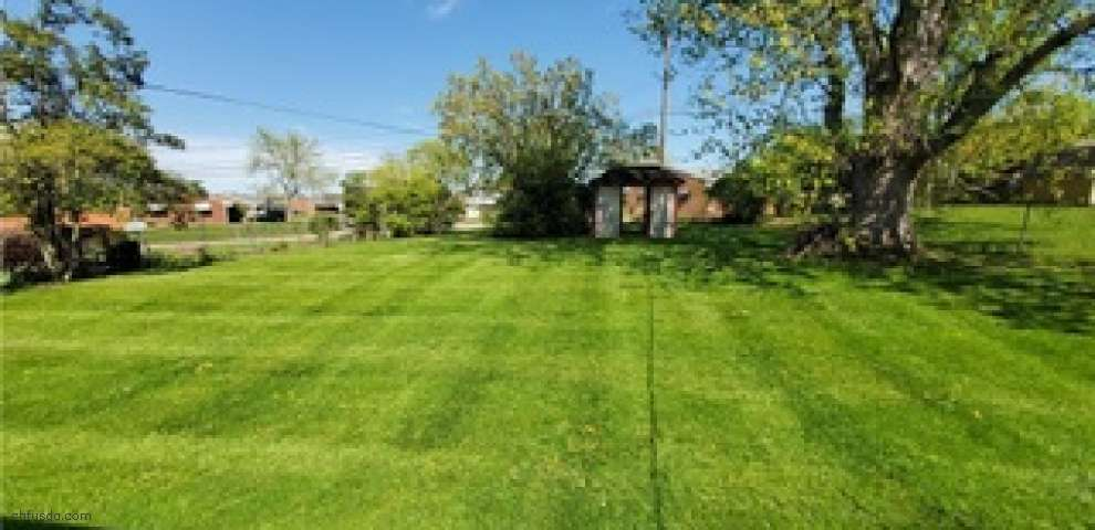 206 Lawrence Ave, Miamisburg, OH 45342