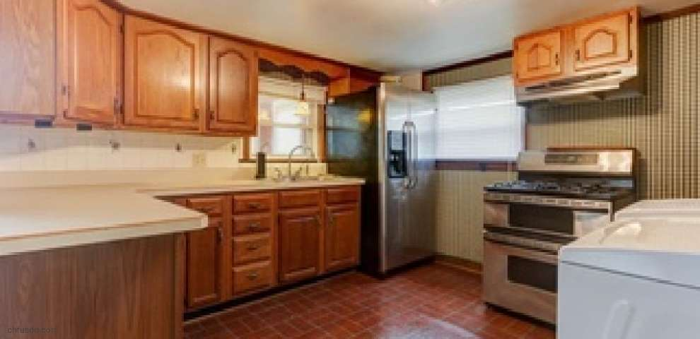 438 S 2nd St, Miamisburg, OH 45342