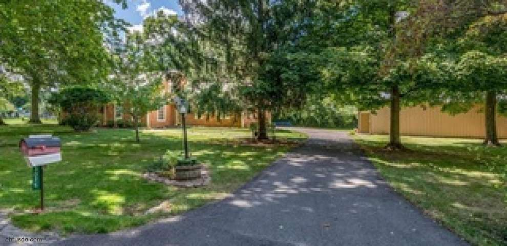3075 Beech Hill Dr, Sugarcreek Township, OH 45370