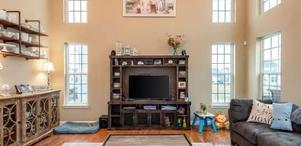 3169 Coneflower Dr, Tipp City, OH 45371
