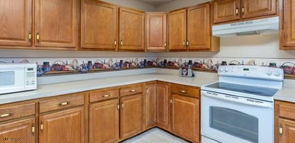 816 Yorkshire Rd, Tipp City, OH 45371