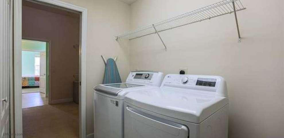 9680 Rose Petal Dr, Tipp City, OH 45371