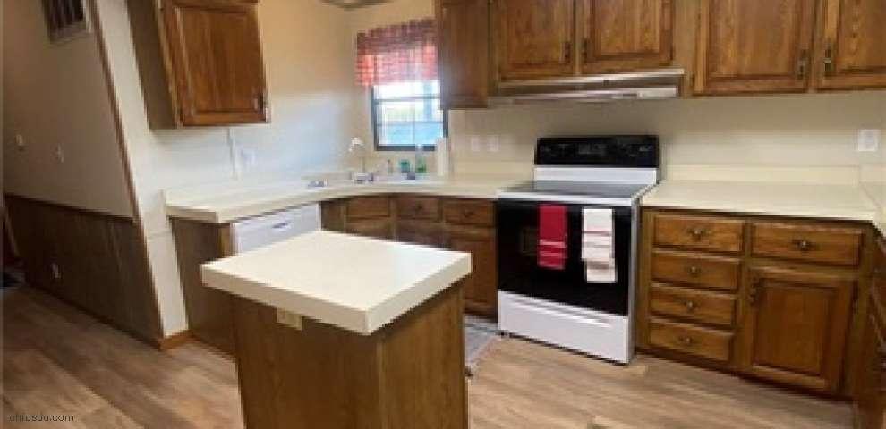464 N Sulphur Springs Rd, Perry Twp, OH 45381