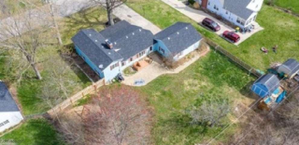 53 Stillacres Dr, West Milton, OH 45383