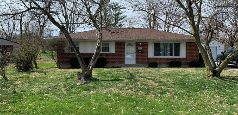 1026 Rydale Rd, Harrison, OH 45405