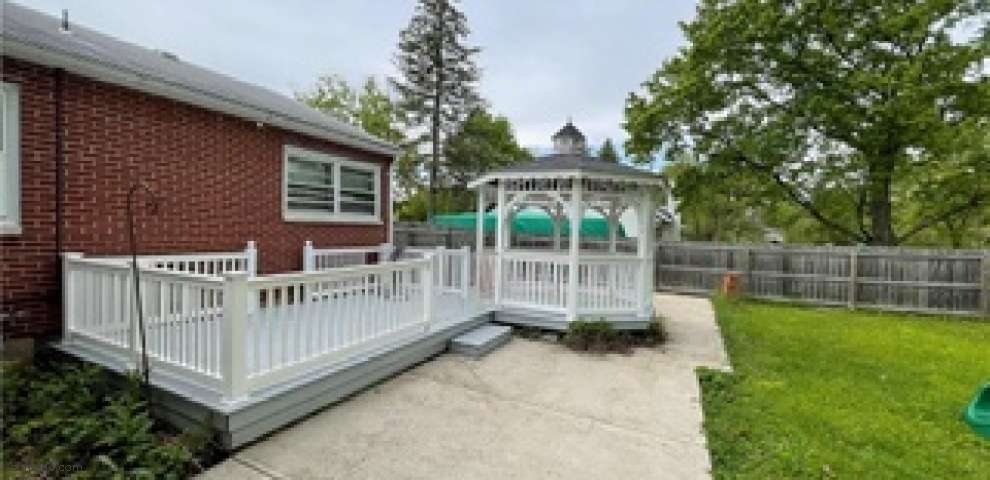 5812 Homedale St, Miami Township, OH 45449