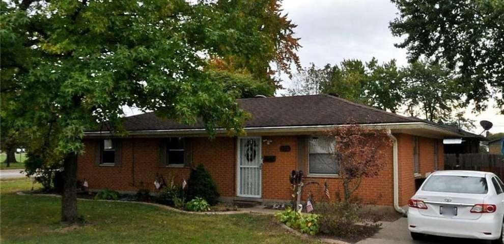 690 Savoy Ave, West Carrollton, OH 45449