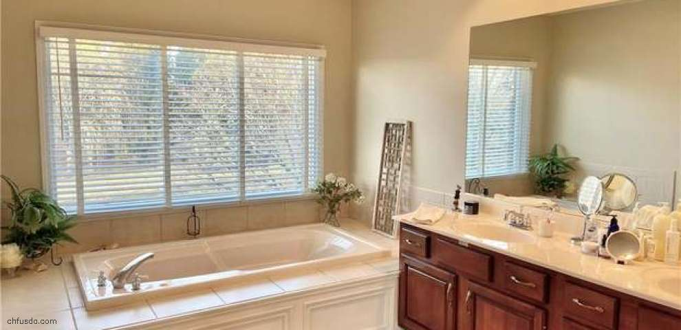 10676 Falls Creek Ln, Washington Township, OH 45458 - Property Images