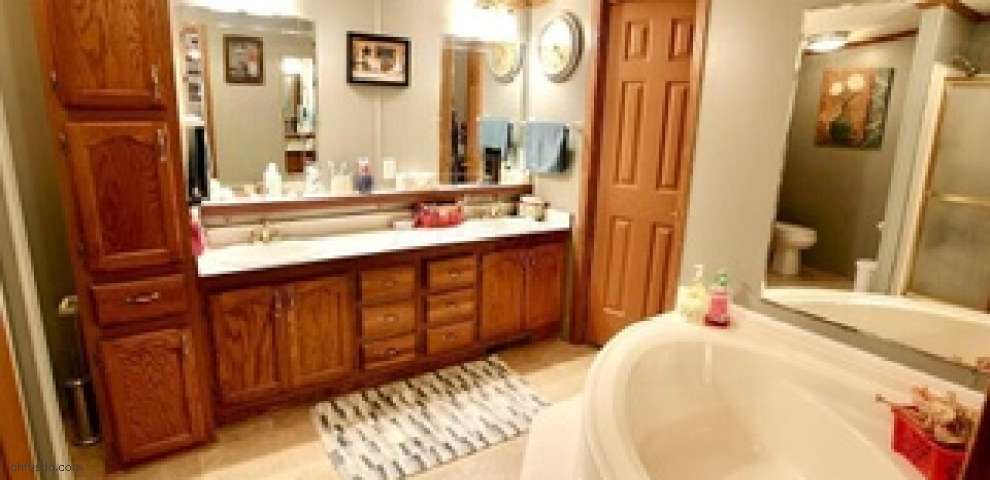 320 Hough Rd, Chillicothe, OH 45601