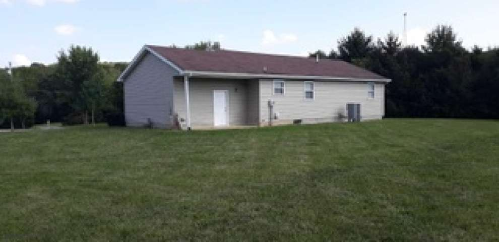 91 Sheely Rd, Frankfort, OH 45628