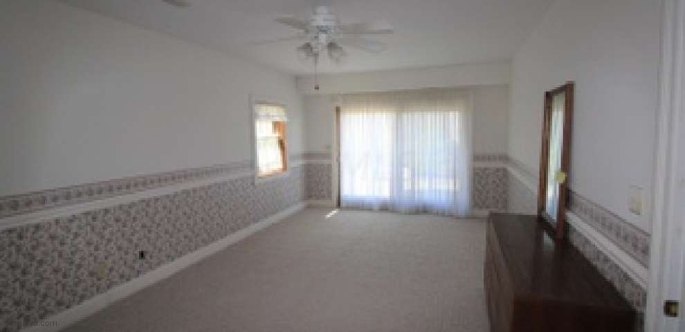 899 Dick Rd, Waverly, OH 45690