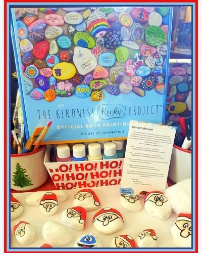 Christmas Kindness Rocks Project