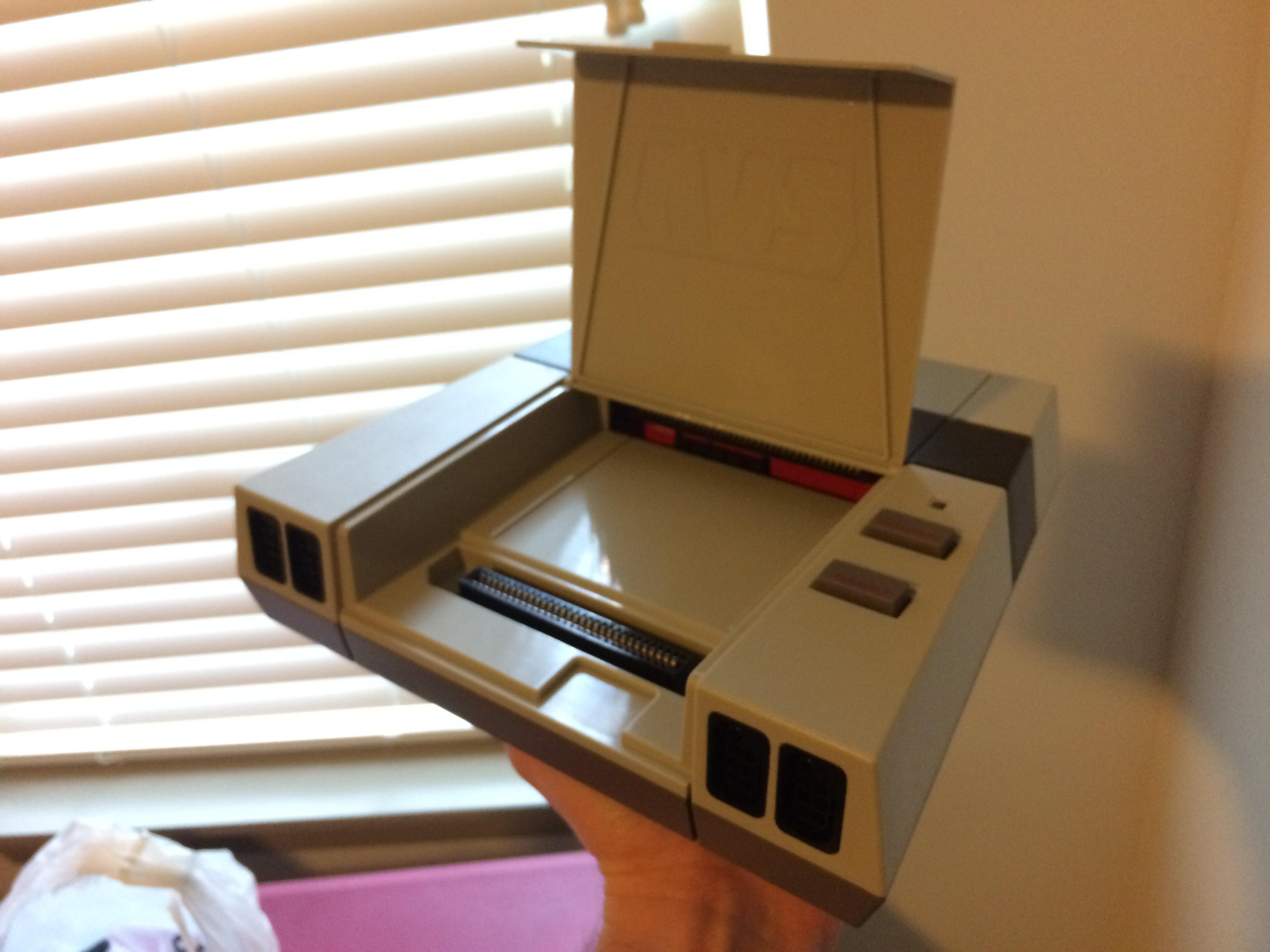 avs-console