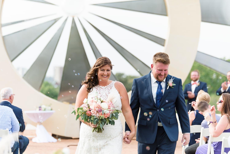 bubble ceremony exit