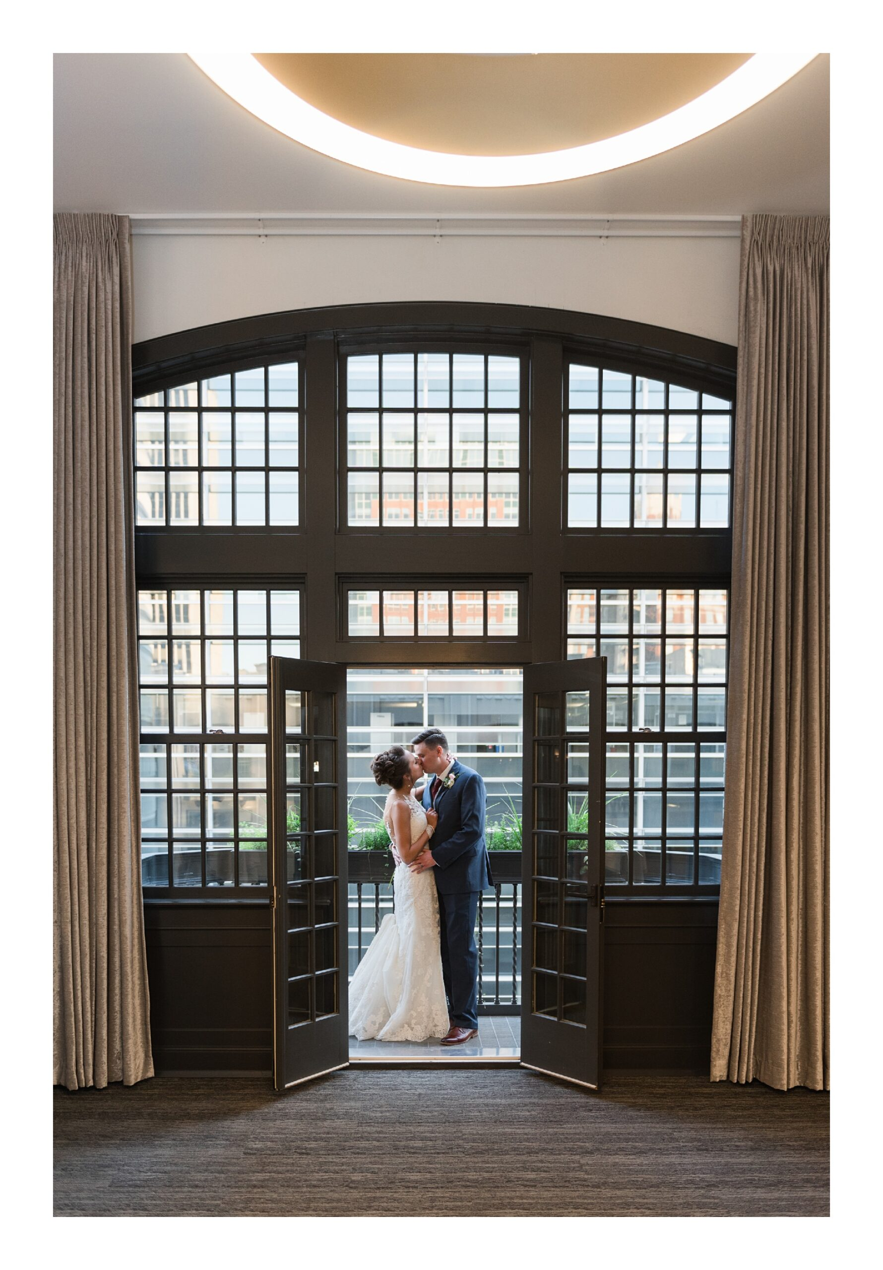 intimate wedding day moments
