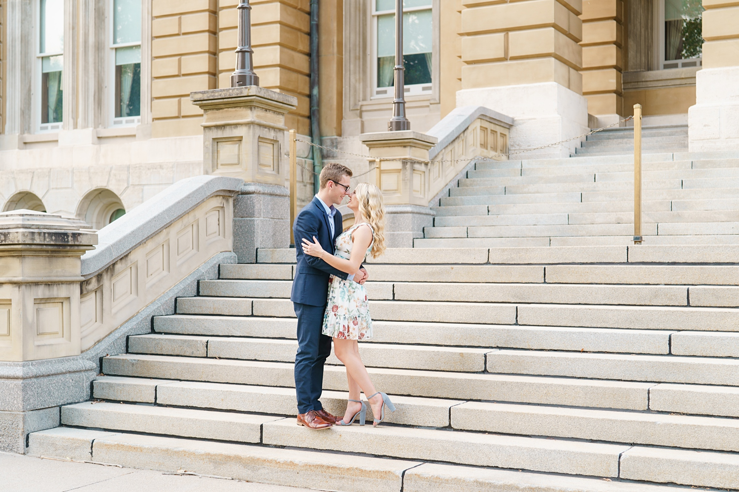 iowa engagement photo session in des moines at the capitol