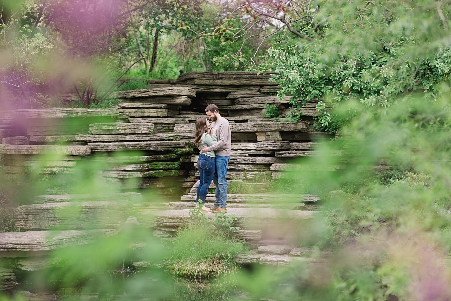 Lincoln Park Zoo engagement session in chicago