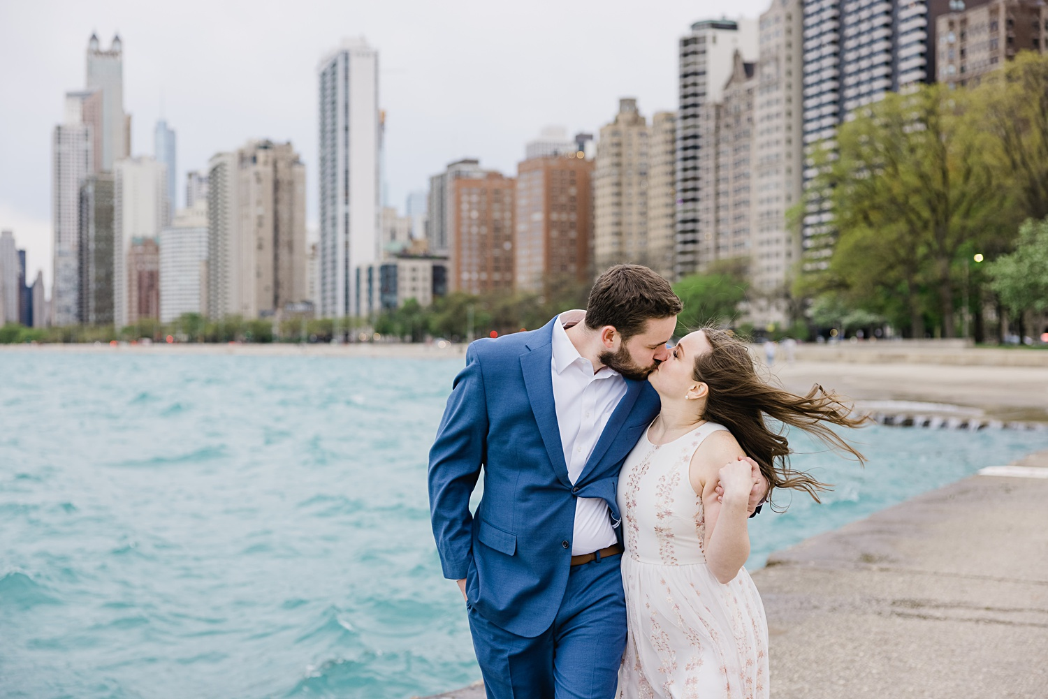 chicago waterfront engagement photos