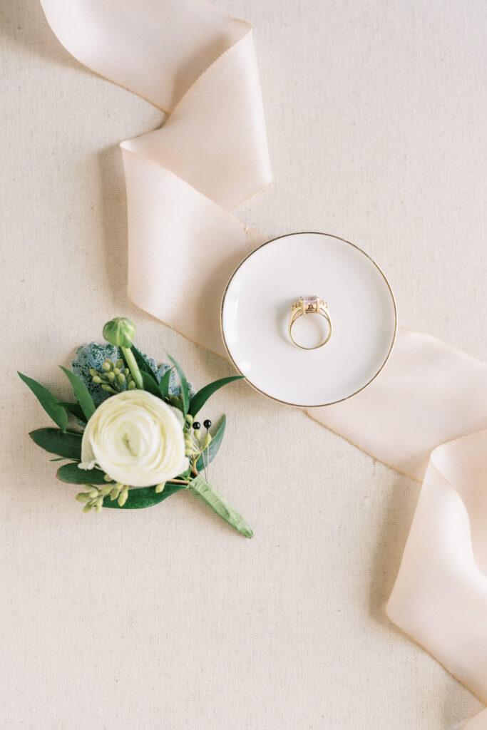 JW700932-glen oaks country club-iowa wedding photographer