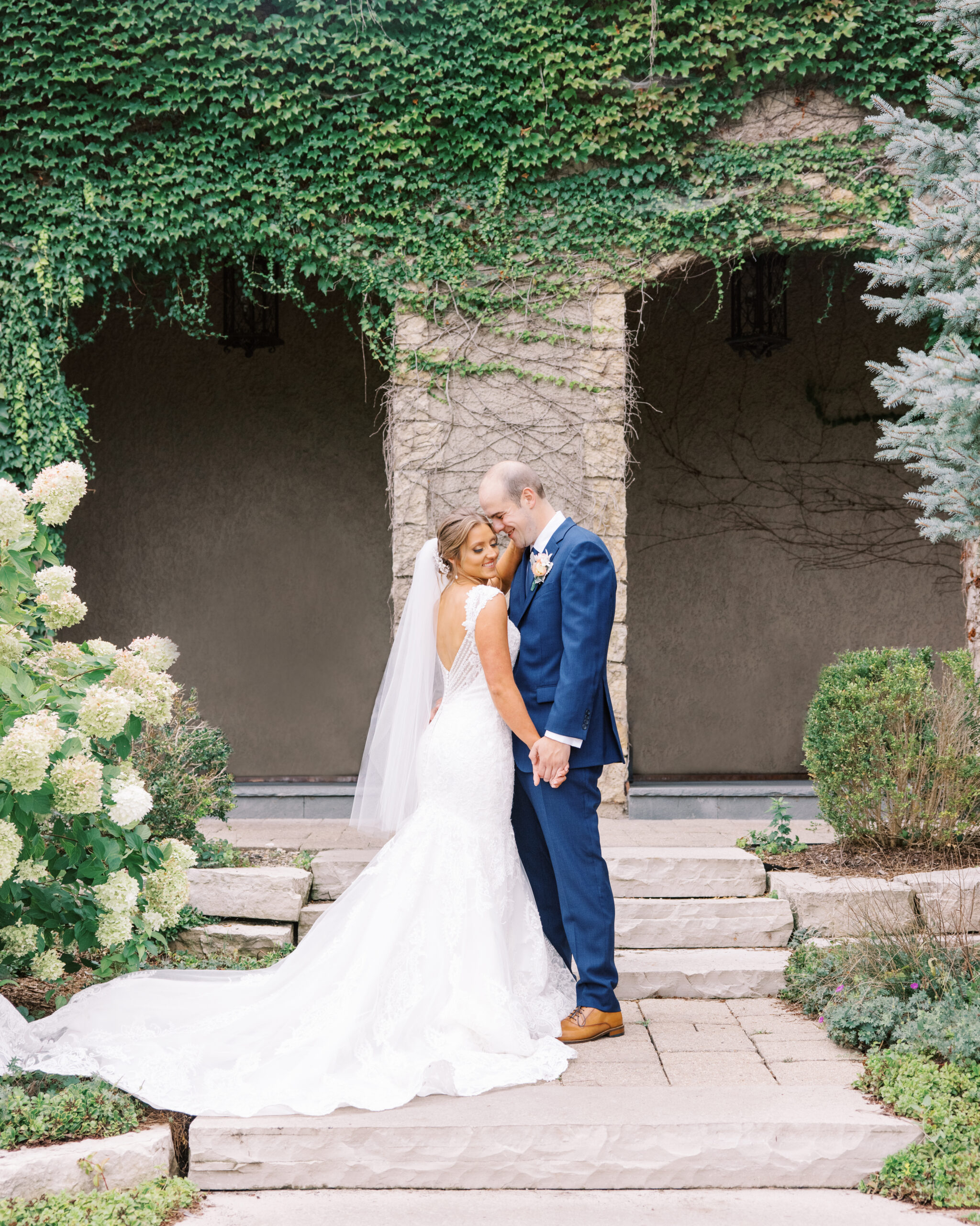 Kylea and josh Chicago wedding at makray golf course