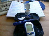 A diabetes blood sugar test kit. Source: Foter; Copyright: Jessica Merz; URL: https://www.flickr.com/photos/jessicafm/187457292/; License: Creative Commons Attribution (CC-BY).