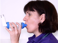Instruction on the correct use of inhalers. Source: Image created by Authors; Copyright: The Authors; URL: http://www.researchprotocols.org/2019/10/e9585/; License: Creative Commons Attribution (CC-BY).