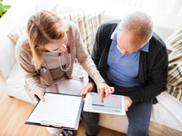 Source: iStock by Getty Images; Copyright: Halfpoint; URL: https://www.istockphoto.com/dk/photo/health-visitor-and-a-senior-man-with-tablet-during-home-visit-gm876211456-244577103; License: Licensed by the authors.