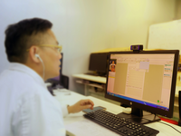 Doctor using internet hospital platform. Source: Image created by the authors; Copyright: The Authors; URL: http://www.jmir.org/2020/8/e19678/; License: Creative Commons Attribution (CC-BY).