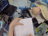 An anesthetist's view of manually recording a simulated patient's vital signs. Source: Image created by the authors; Copyright: The Authors; URL: http://humanfactors.jmir.org/2020/2/e16036/; License: Creative Commons Attribution (CC-BY).