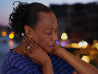 Source: Adobe Stock; Copyright: rocketclips; URL: https://stock.adobe.com/ca/images/african-american-woman-standing-outdoors-at-night-has-bad-neck-pain/217063310?asset_id=217063310; License: Licensed by JMIR.