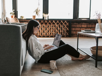 Source: Pexels; Copyright: Vlada Karpovich; URL: https://www.pexels.com/photo/woman-working-at-home-with-her-laptop-4050296/; License: Licensed by JMIR.